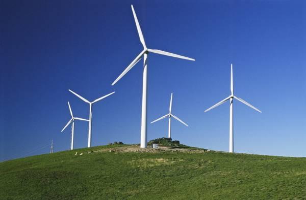 La energía eólica aporta más al PIB que el gas y crea más empleo