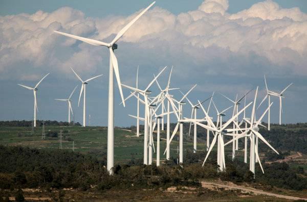 Las renovables reducen un 58% el CO2 y abaratan el precio de la electricidad