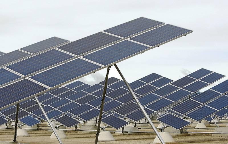 debacle en la fotovoltaica española - efimarket