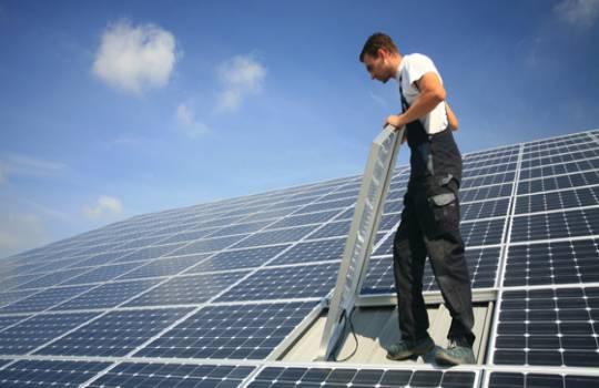 ataque ideologico a las renovables