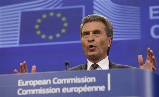 """Oettinger: """"Tenemos la electricidad más cara del planeta"""""""
