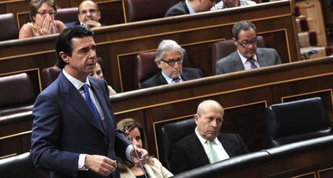El Gobierno aprueba la reforma eléctrica vetando todas las enmiendas de la oposición