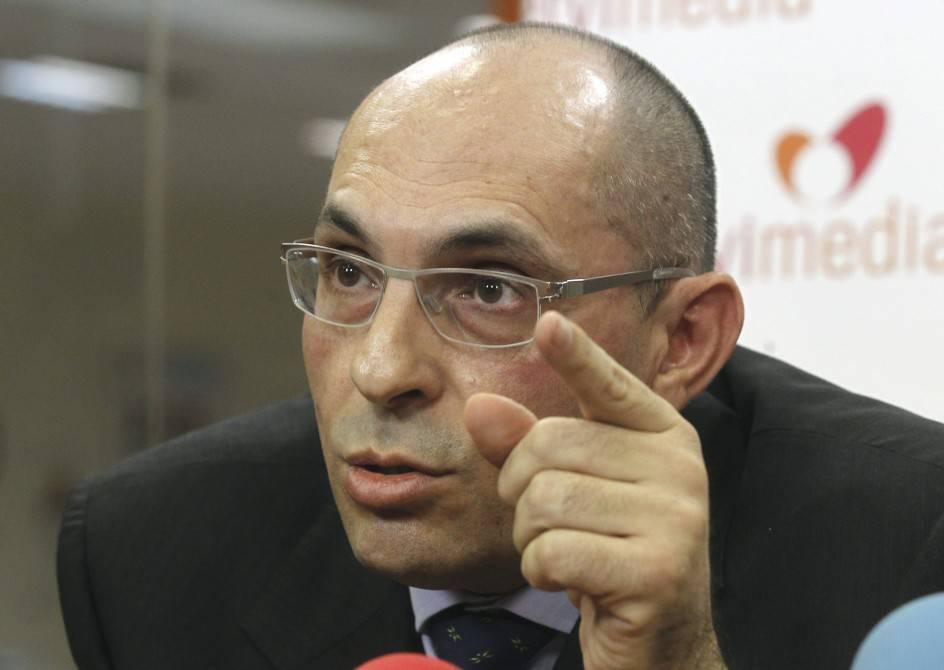 """Juez Elpidio Silva: """"las eléctricas nos deben 5.000€ a cada ciudadano"""""""